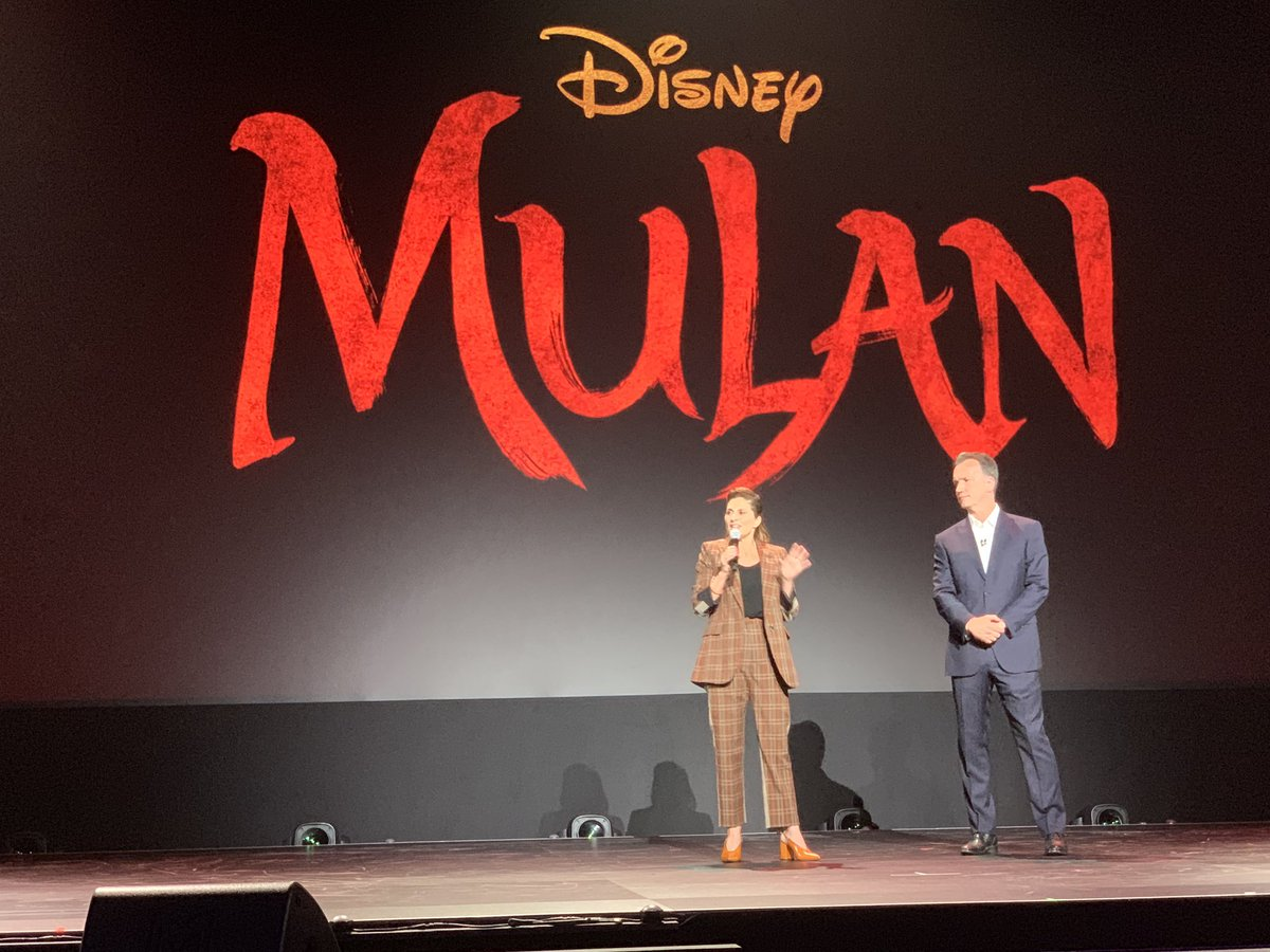 RT @DisneysMulan: Director Niki Caro joins the #D23Expo stage to talk about #Mulan. https://t.co/uegRHvCXSt