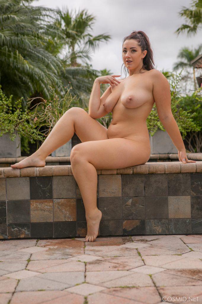 Sexy Cowboy Posing Outdoor Curvy Erotic 1