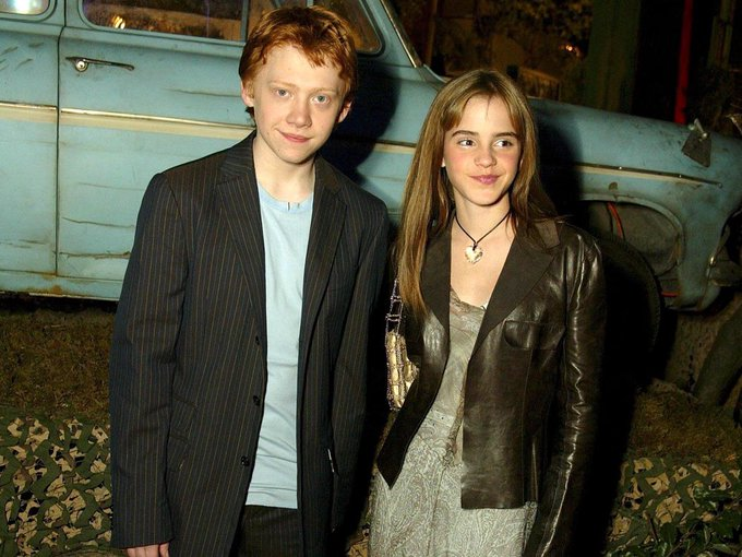 Happy birthday to Rupert Grint who pplayed the adorable Ron Weasley in the HP series xx