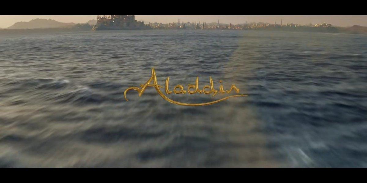 Movie night with friends #Aladdin2019 #Disney<br>http://pic.twitter.com/sRNU2HtRiX