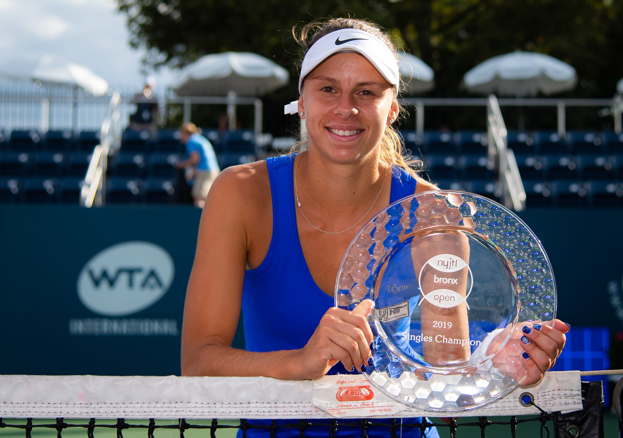 WTA NEW YORK 2019 - Page 3 ECxFL-ZXYAAJLPN
