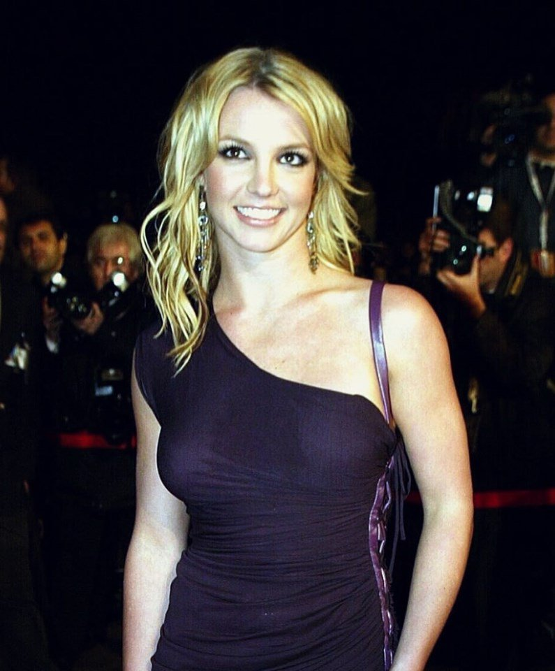 RT @Britney96192745: Britney Spears at the NRJ Music Awards, 2002. https://t.co/5Q2te2Ias0