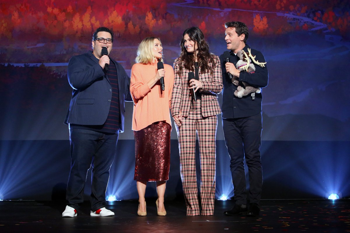Some familiar #Frozen2 faces and new cast members stopped by #D23Expo: @idinamenzel, @kristenbell, @joshgad, Jonathan Groff, @SterlingKBrown, and @EvanRachelWood—plus filmmakers @alittlejelee & Chris Buck!<br>http://pic.twitter.com/FSC3Hb4LE6