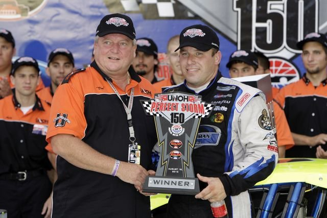 On this day in 2011, @RyanJNewman scored his 4th career NASCAR Whelen Modified Tour win at @BMSupdates #NASCAR #NWMT #ItsBristolBaby https://t.co/y5LcAsqPak
