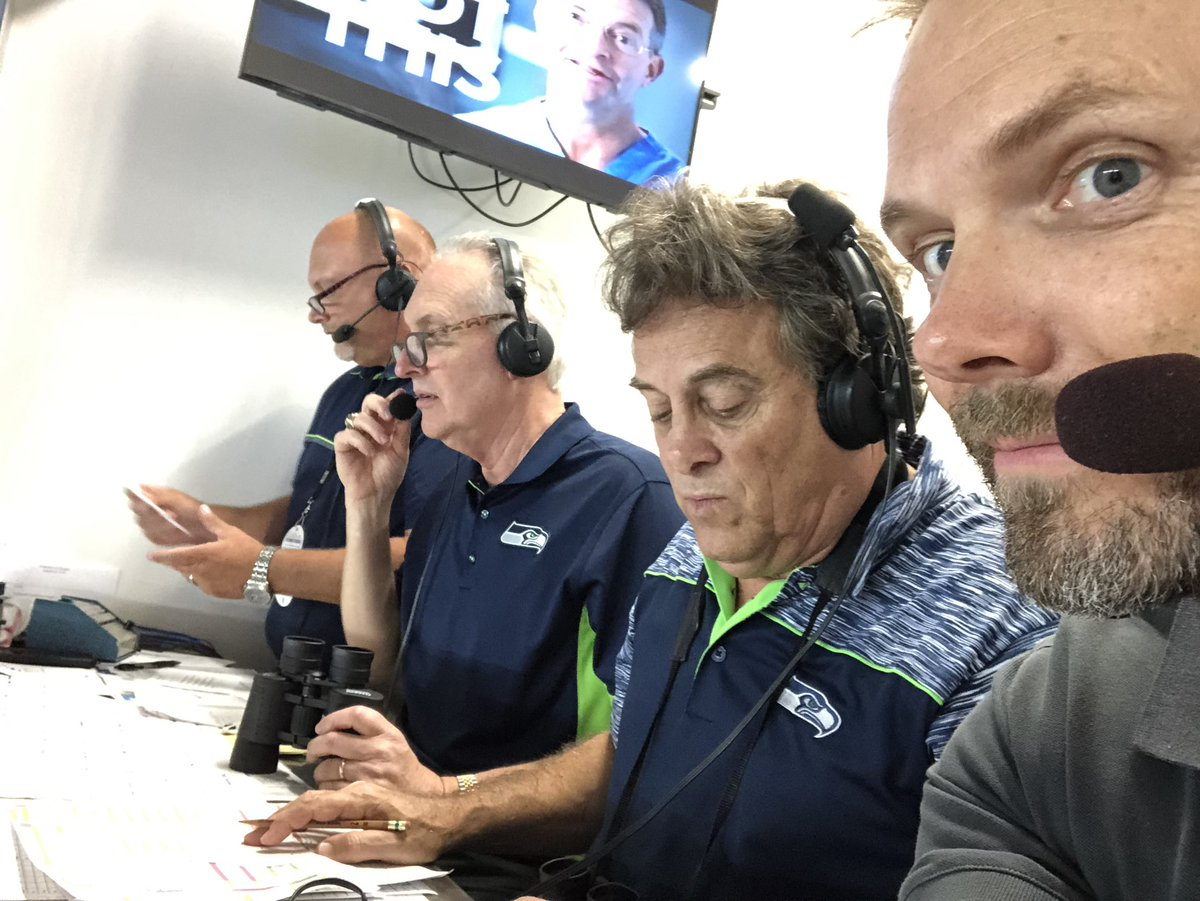 RT @joelmchale: This is what's happening. Calling a game with legend @RaibleKIRO7 #seahawks https://t.co/1PlIsD47Qd