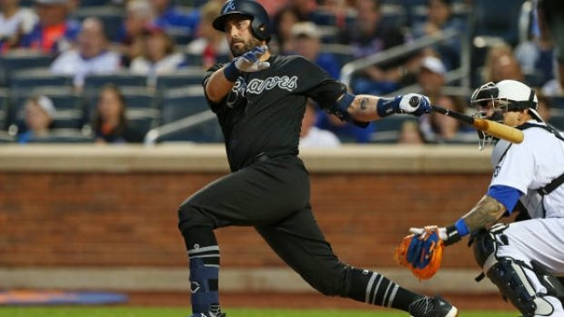 Cervelli sparks Braves to win over Mets in Atlanta debut. MORE: https://t.co/jmnnQeURzq https://t.co/zD2RfL5ohY