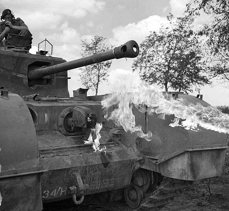 """#OTD in 1944. A Churchill """"Crocodile"""" flame-throwing tank during a demonstration. #WW2 #HISTORY<br>http://pic.twitter.com/tgnLR5DUUu"""