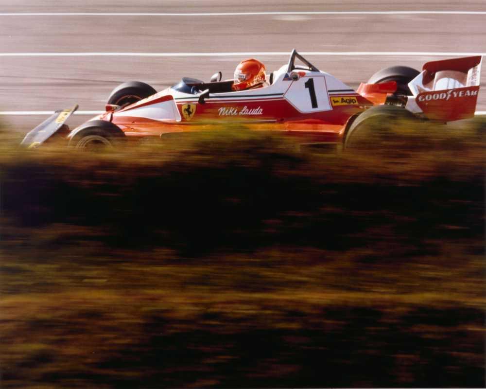 RT @PHN16: Niki Lauda, Ferrari 312T2, 1976 Swedish Grand Prix, Anderstorp https://t.co/EloPHWZBkc
