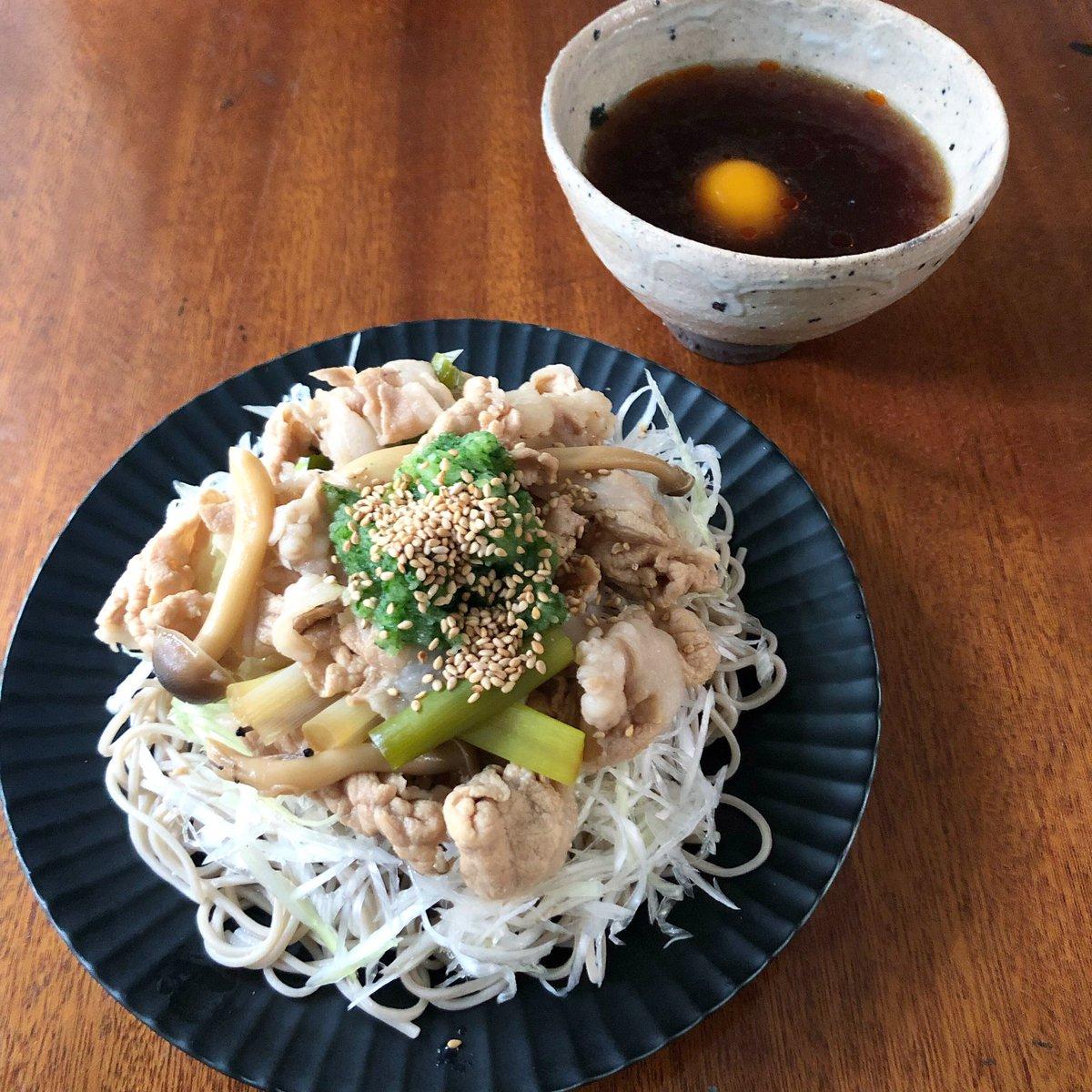 明日8/26月曜 #NHK #あさイチ  9時半前後? 生放送で #肉そば 作ります あったかい汁にラー油を入れる、流行ってるヤツです! レシピは放送後、あさイチのホームページでチェックお願いします! https://t.co/zZHXyGkaFo