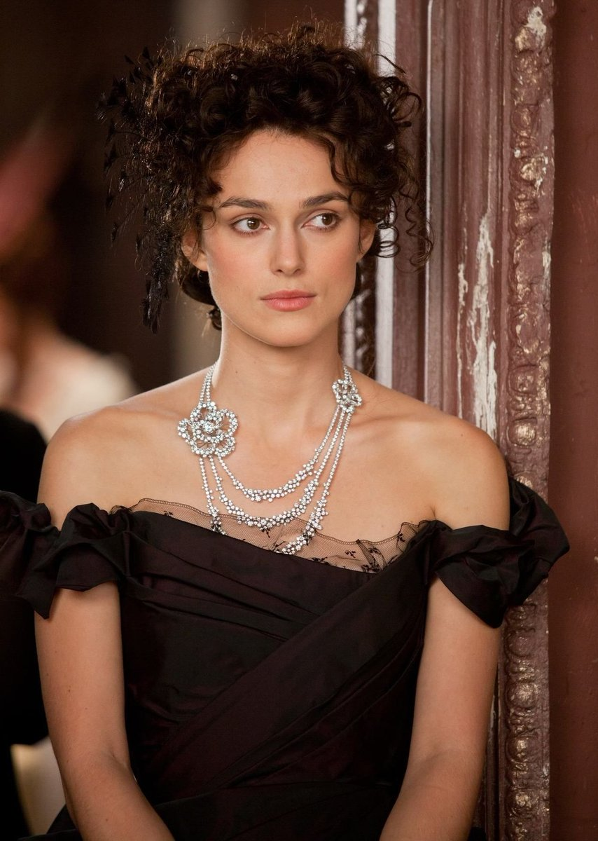 RT @periodclothes: Keira Knightley, Anna Karenina (2012) https://t.co/aCOLGArt9B