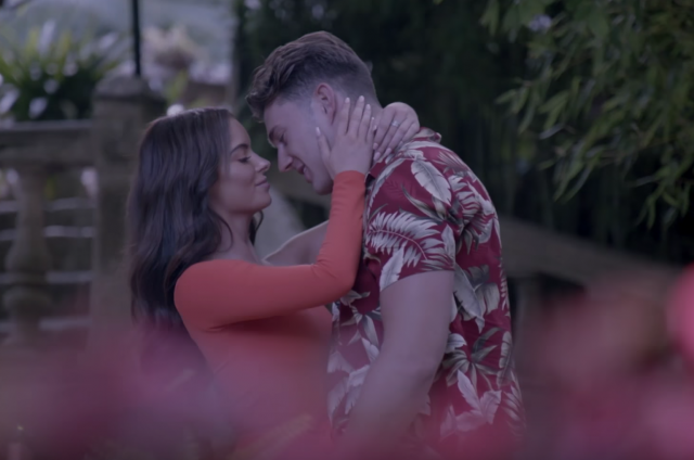 Maura and Curtis plagued by 'fake' speculation – after it was revealed that they met before Love Island… https://t.co/INNlKJds5E
