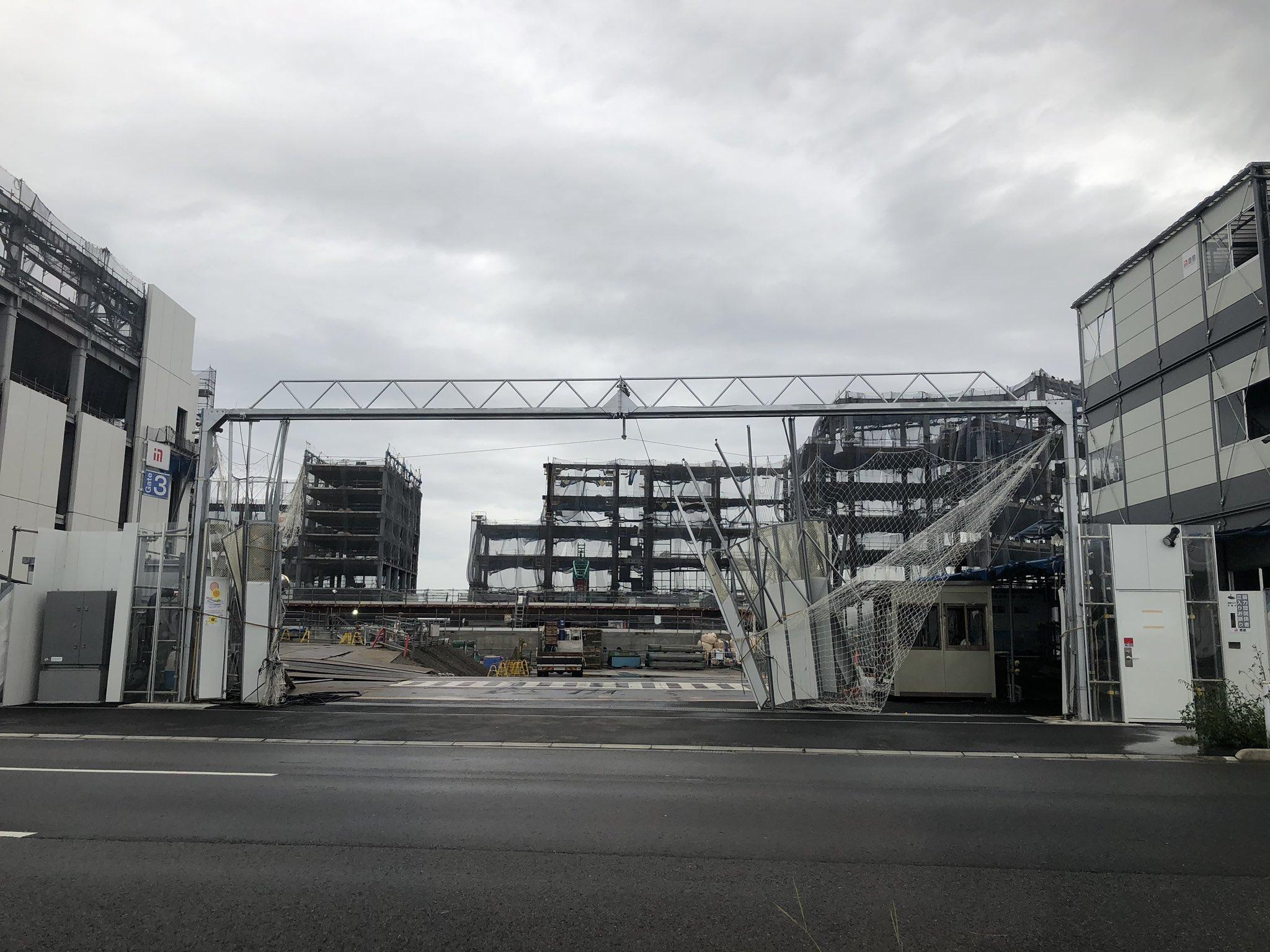 画像,羽田空港の周りの拡張工事現場がドア壊れたり足場崩落して1タミと国際線への道(環八)塞いだりでもうグダグダ。間違っても空港までタクシーで行ったら間に合うなんて思わ…