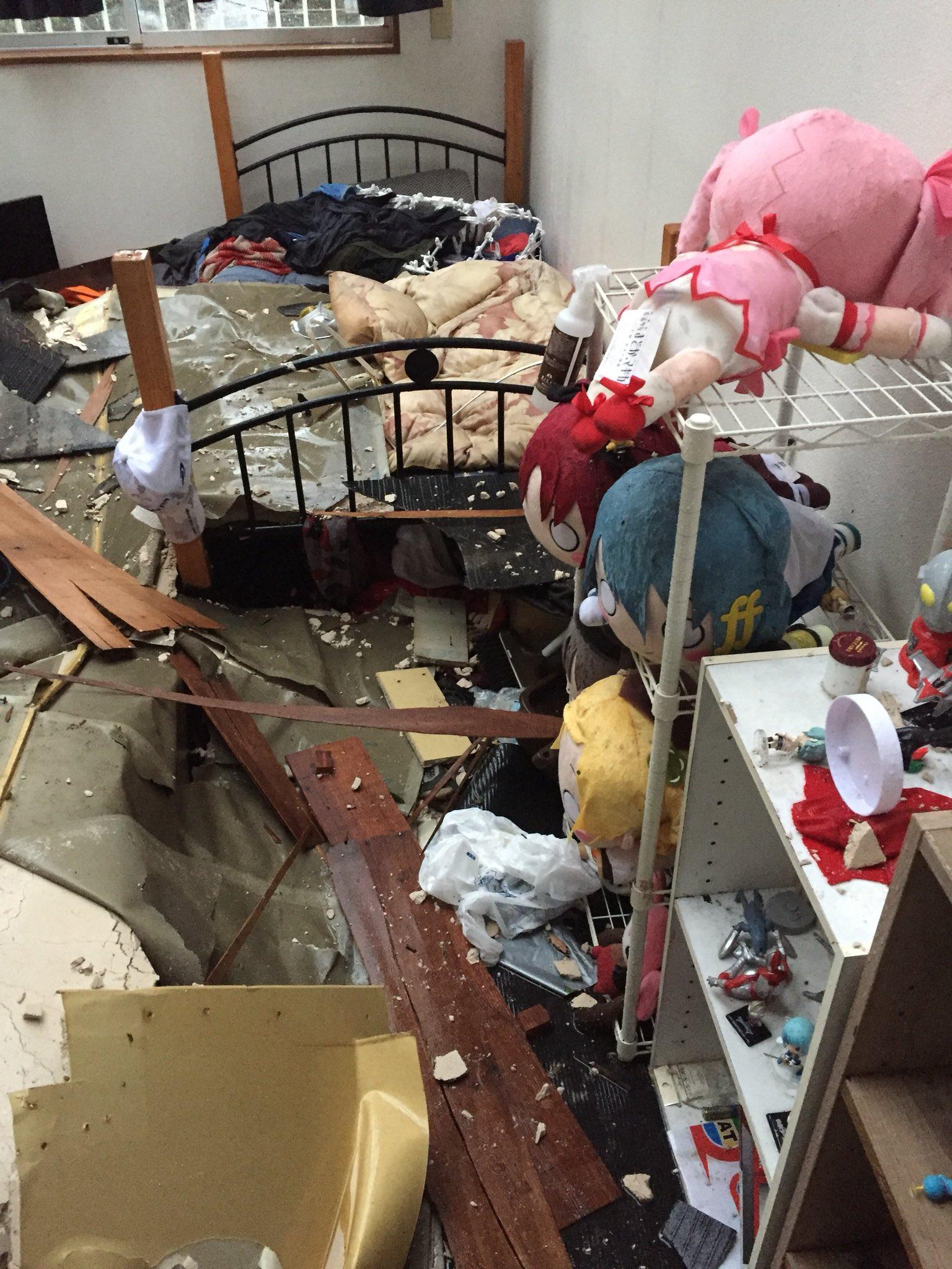 画像,近況報告今消防の方が来て話を伺ったら同じようになってる部屋や他のアパートでも同じようになってるそうな https://t.co/wKi1gWZYw3…