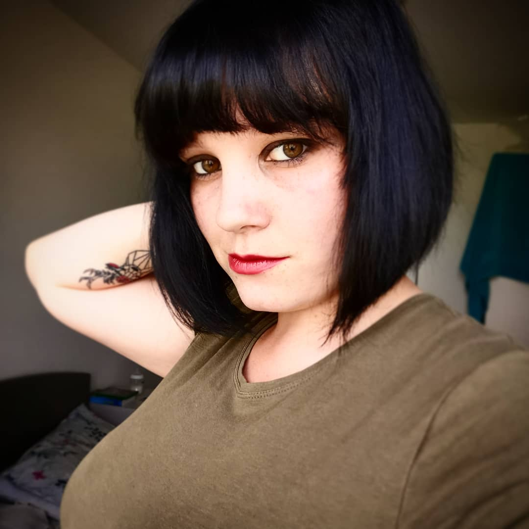 Got myself a #newlook today and I'm happy!!! #haircut #newhair #geekygirl #geekythingsaboutme #girl #inked #inkedgirl #tattoo #tattooedgirl #tattooed #fringe