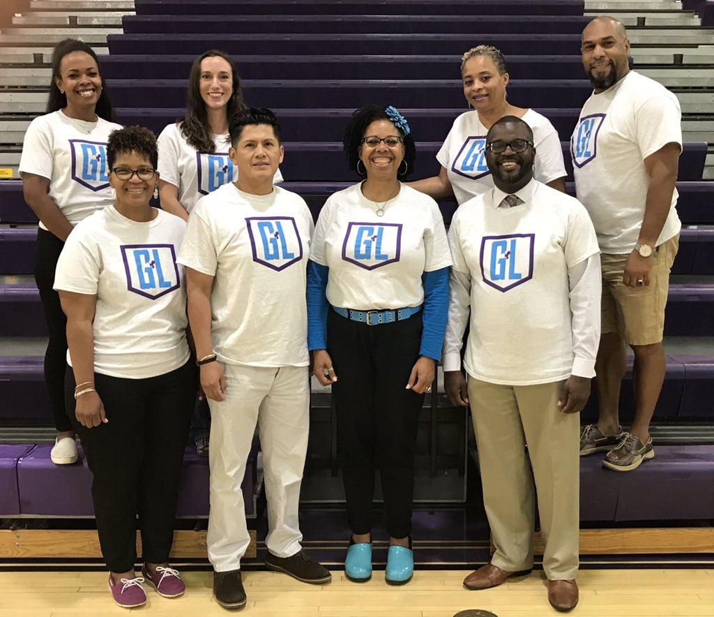 Love this team! <a target='_blank' href='http://twitter.com/APSGunston'>@APSGunston</a> <a target='_blank' href='http://twitter.com/GuMS_Principal'>@GuMS_Principal</a> <a target='_blank' href='http://twitter.com/CarlWmSeward'>@CarlWmSeward</a> <a target='_blank' href='http://twitter.com/AP_Curtis'>@AP_Curtis</a> <a target='_blank' href='http://twitter.com/MFloresADM'>@MFloresADM</a> <a target='_blank' href='http://twitter.com/Gunston_DOC'>@Gunston_DOC</a> <a target='_blank' href='https://t.co/15BKywXpvM'>https://t.co/15BKywXpvM</a>