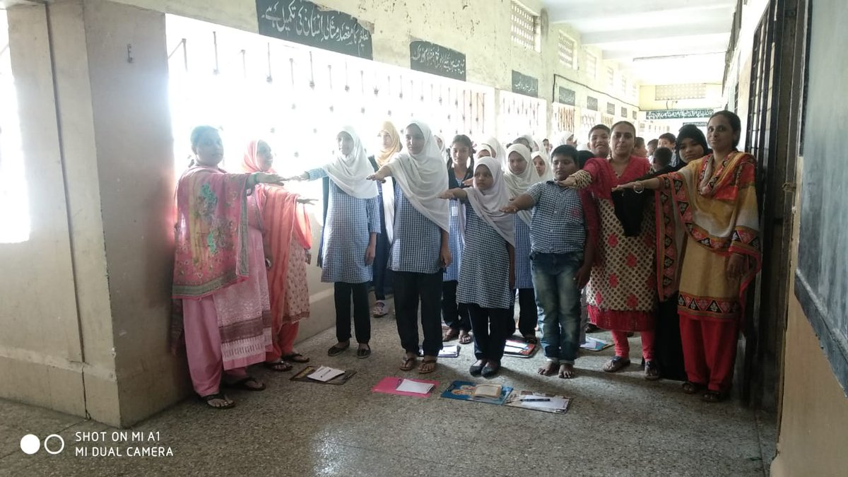 Pcmc On Twitter Pcmc Schools Participating In The Swachhta Pakhwada 2020 Students And Teachers Taking Swacchta Pledge And Special Student Awareness Sessions Regarding The Importance Of Cleanliness Swachhtapledge Swachhtapakhwada2020