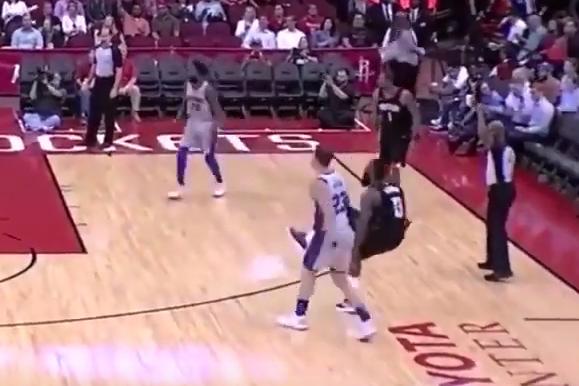 【影片】NBA賽場上那些極具爭議性的「惡意犯規」,你覺得他犯規了嗎?