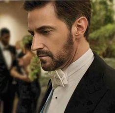 What a beautiful man  (inside and out)  #Oceans8 #ClaudeBecker #RichardArmitage<br>http://pic.twitter.com/1eKhS5un4k