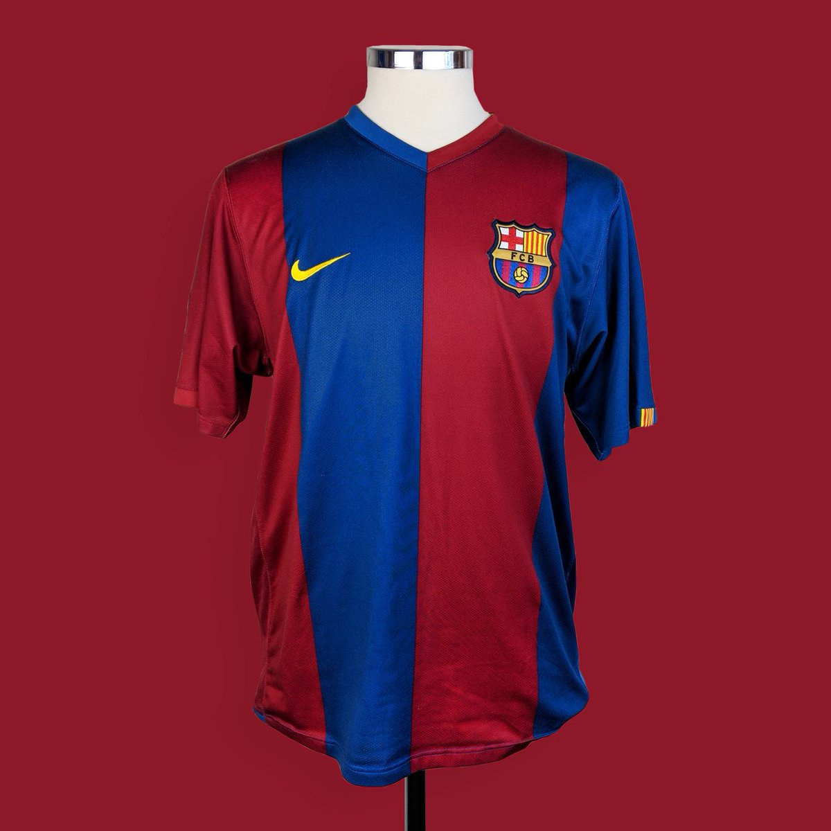 newest 6b489 6e884 Classic Football Shirts on Twitter: