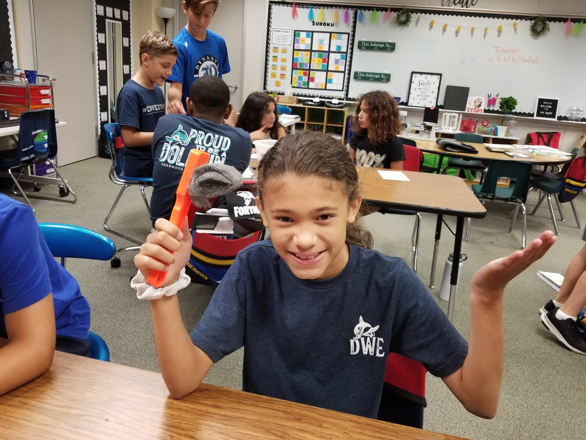 Testing magnetism sure sparked some questions and good discussions! We love science! @HumbleISD_DWE #dwe2020 #sciencerocks<br>http://pic.twitter.com/IRrahDq2mt