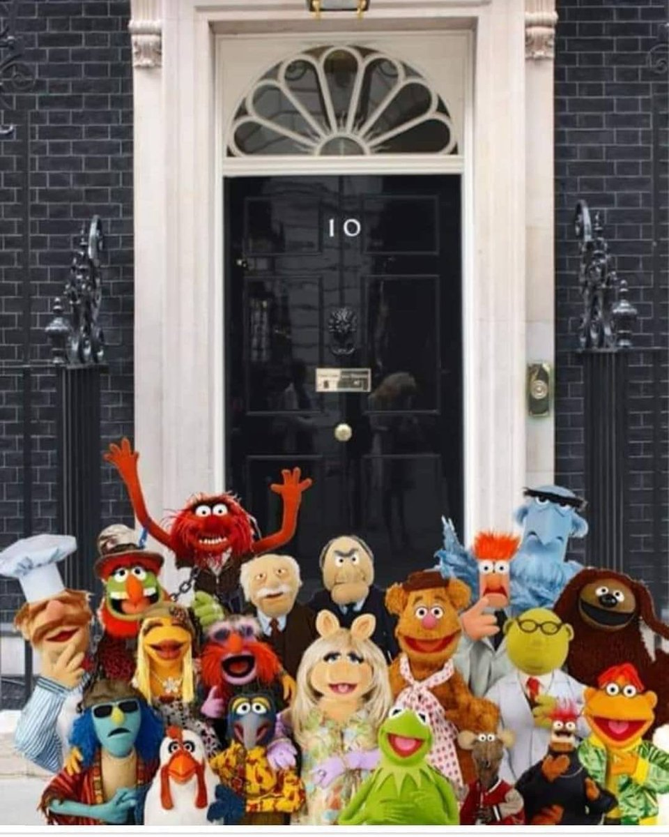 Looks like the Tory gov just had a meeting and a family photo.