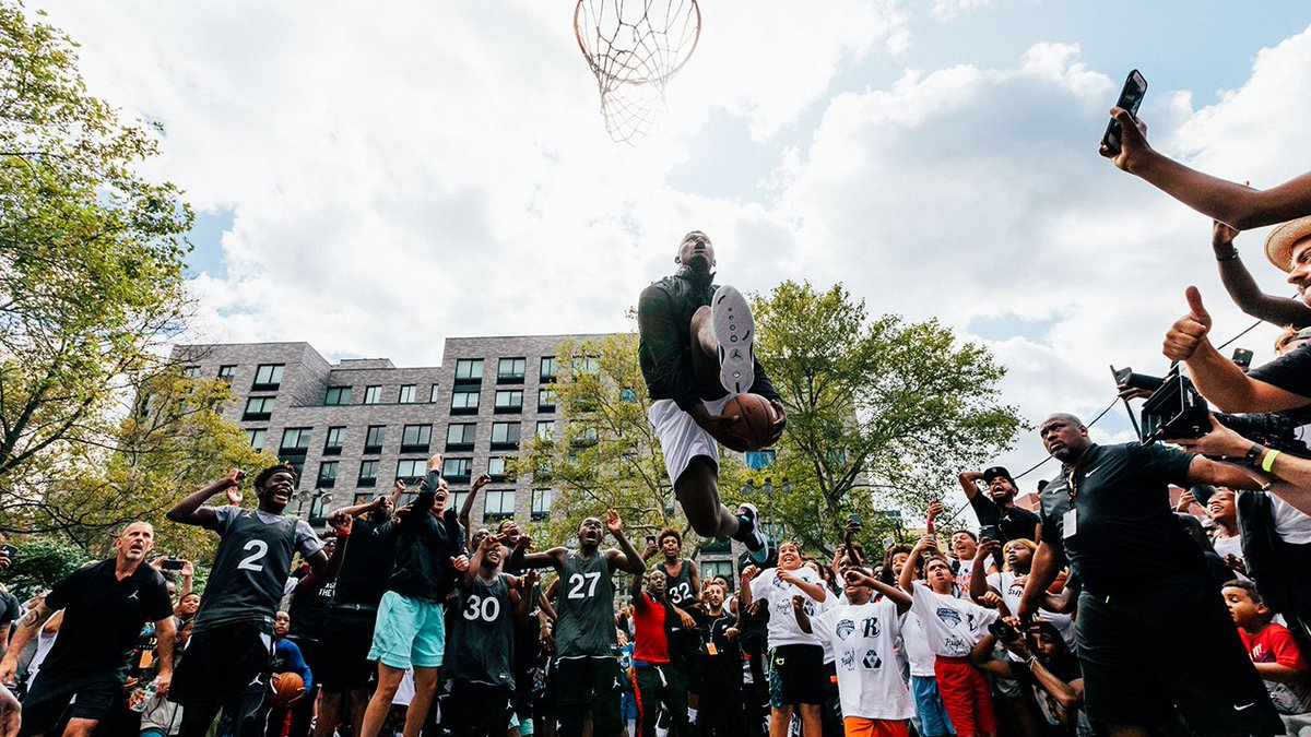 Future of flight.  The Jumpman fam stops by Harlem to unveil the #AirJordan XXXIV.