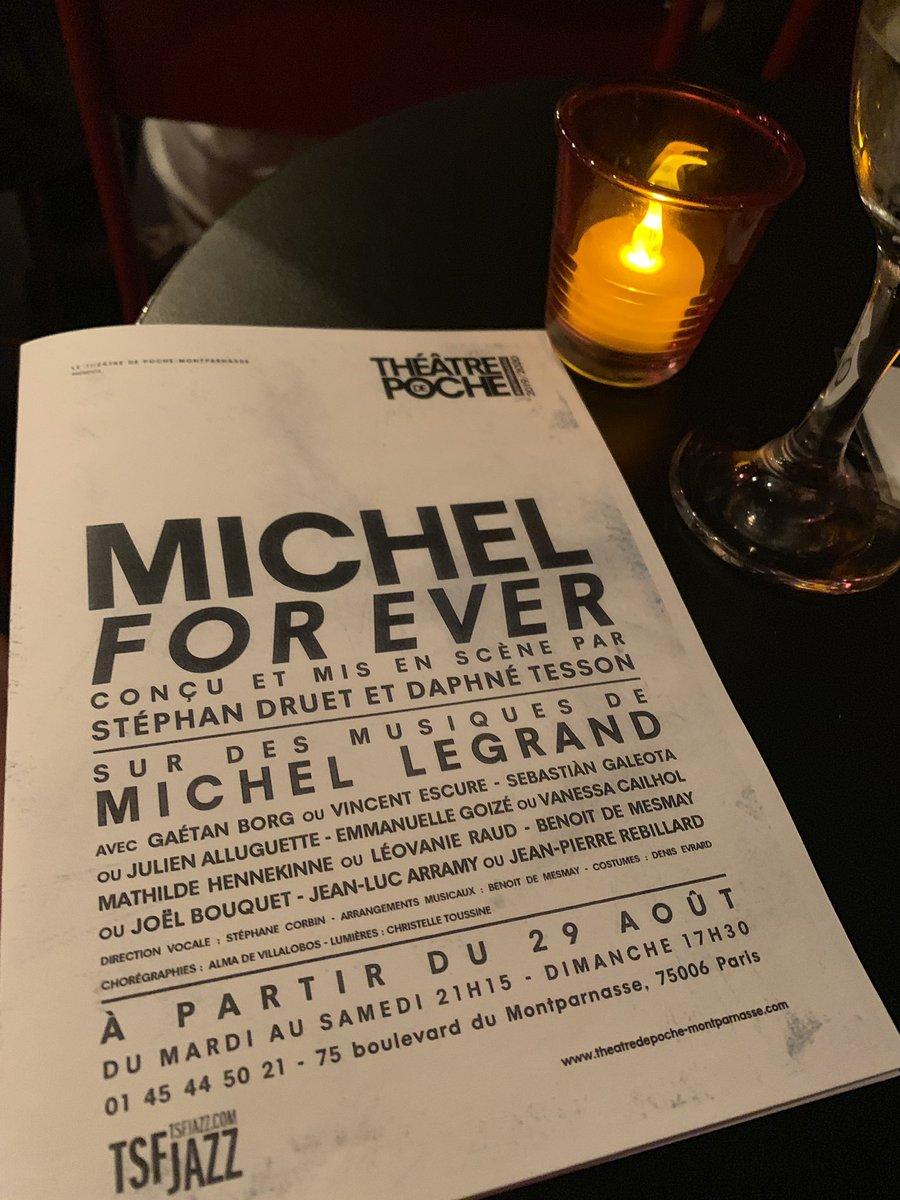 Immanquable spectacle Michel For Ever @PocheMparnasse pour les fans de #jazz et de #MichelLegrand  À voir et à revoir.. moi c'est la seconde fois. 😀 Bravo @stephandruet & daphné Tesson @xavier_milin @BenjaminDeveley