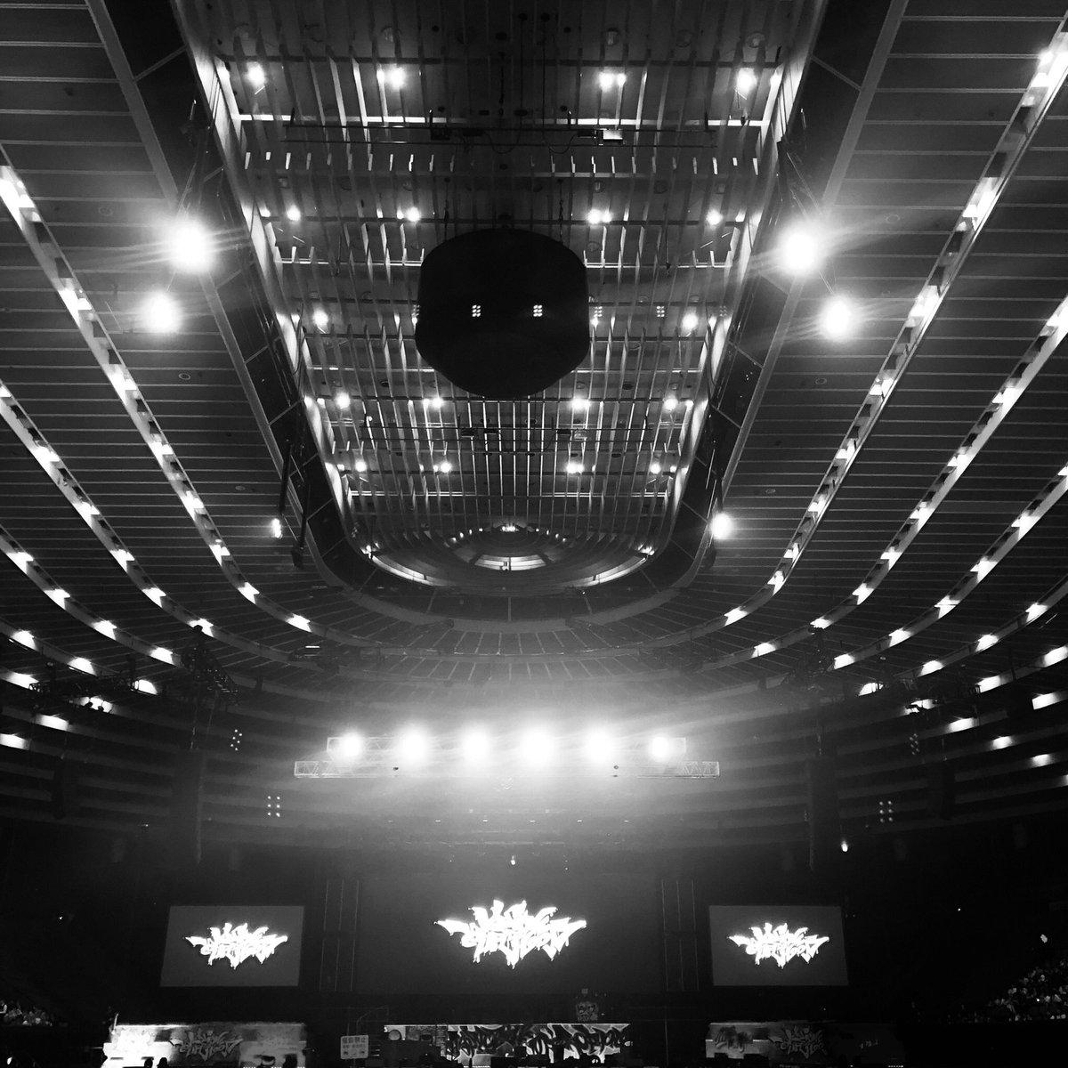 開演まであと10分   会場とライブビューイングの皆さまで 本日も最高のLIVEにしましょう‼️  #ヒプマイ4th #ヒプマイライビュ #ヒプマイ
