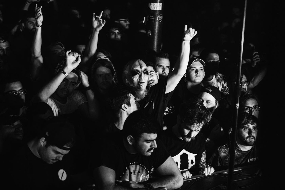 And there we have it, Tampa; best show of the tour yet. Thank you so much!    Photos by @nealwalters_<br>http://pic.twitter.com/kBX5yZZHCZ