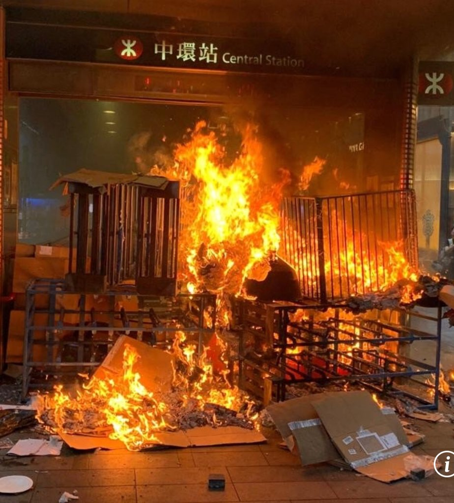 International media: so it's all fixed now, Carrie Lam has withdrawn the bill. #HongKong: