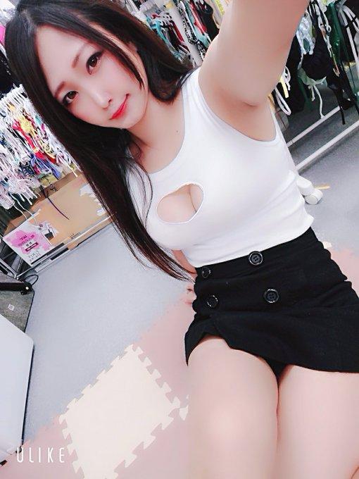 グラビアアイドル夕莉つかさのTwitter自撮りエロ画像77