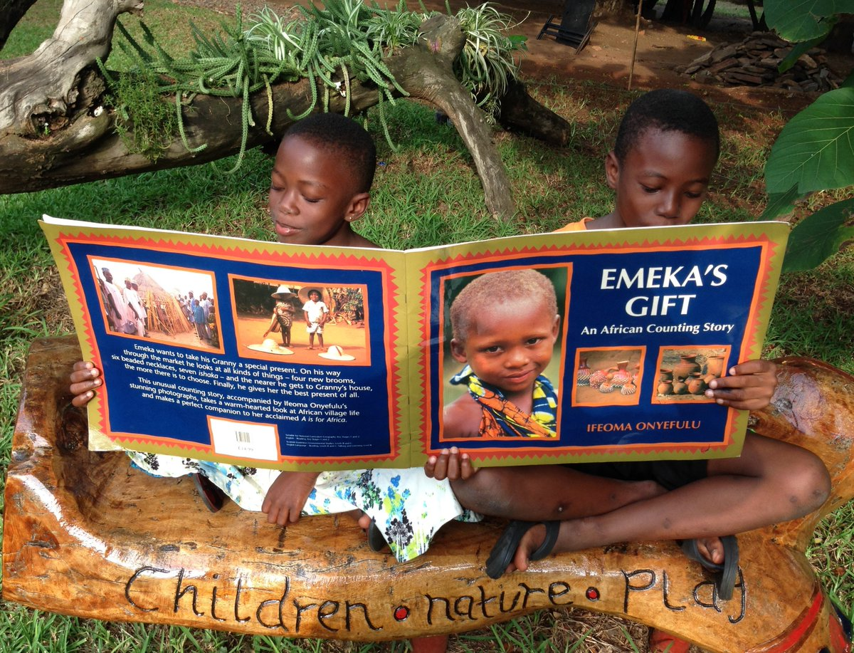 Shout out to orgs helping #literacy to flourish in #Ghana  @AfricanLibraryP @akoobooks @CODEBurtawards @e_ananse_ @ghanalibraries @GoldenBaobab Osu Childrens Library Project @streetlibrarygh @StoryZongo @worldreaders #InternationalLiteracyDay #ILD2019<br>http://pic.twitter.com/mcRxy1wPLk