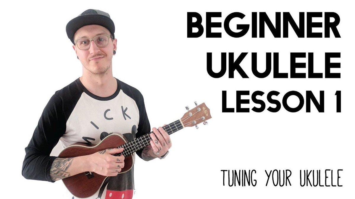 We have 5 free ukulele lessons on youtube!   Beginner Ukulele Lesson 1 - Tuning your ukulele:   https:// buff.ly/2UoU483      #learnukulele #beginneruke #beginnerukulele #ukuleleteacher <br>http://pic.twitter.com/aXygTM6YQV