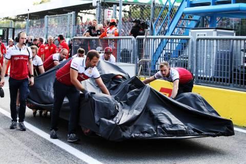 ライコネン、ペレスがグリッド降格/F1第14戦イタリアGP暫定グリッド http://i.f1sokuho.net/news.php?no=133658&ff=tw… #F1 #f1jp