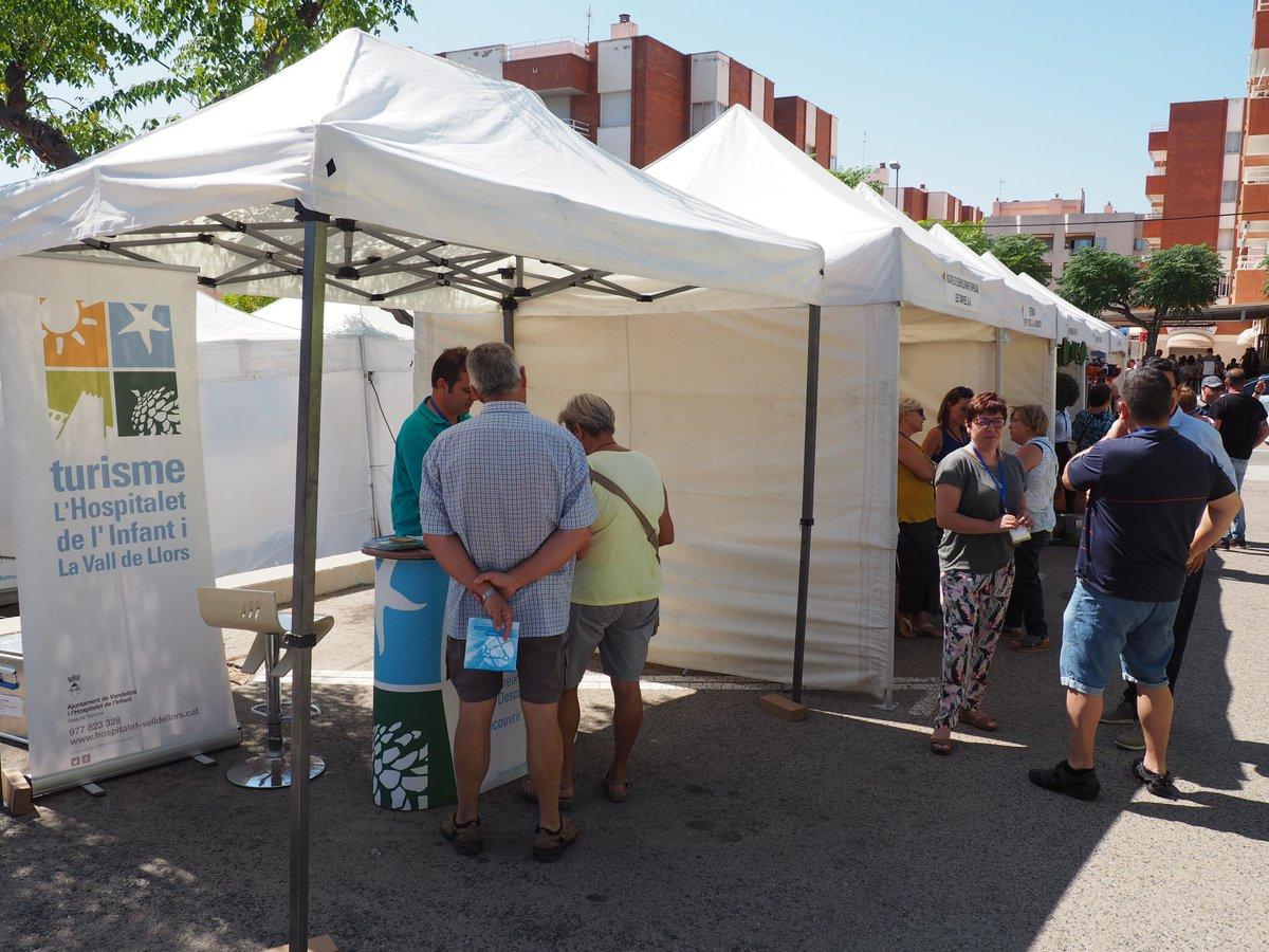 El Departament de Turisme de lHospitalet de lInfant i la Vall de Llors també ha estat present a la primera fira multisectorial de Vandellòs i lHospitalet de lInfant. Si la voleu veure estarà oberta fins a les 20:00 hores #Hospitaletdelinfant #CostaDaurada