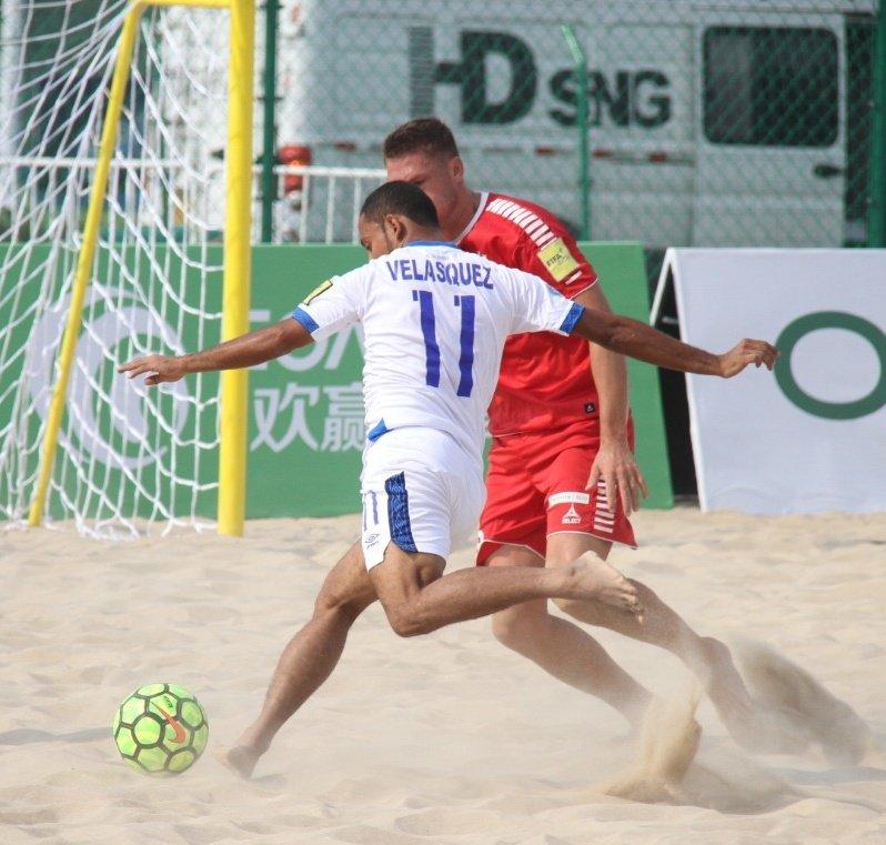2019 Goalfun CFA China - Latino America Futbol Playa campeonato. ED8VEwFXYAEgstw?format=jpg&name=900x900