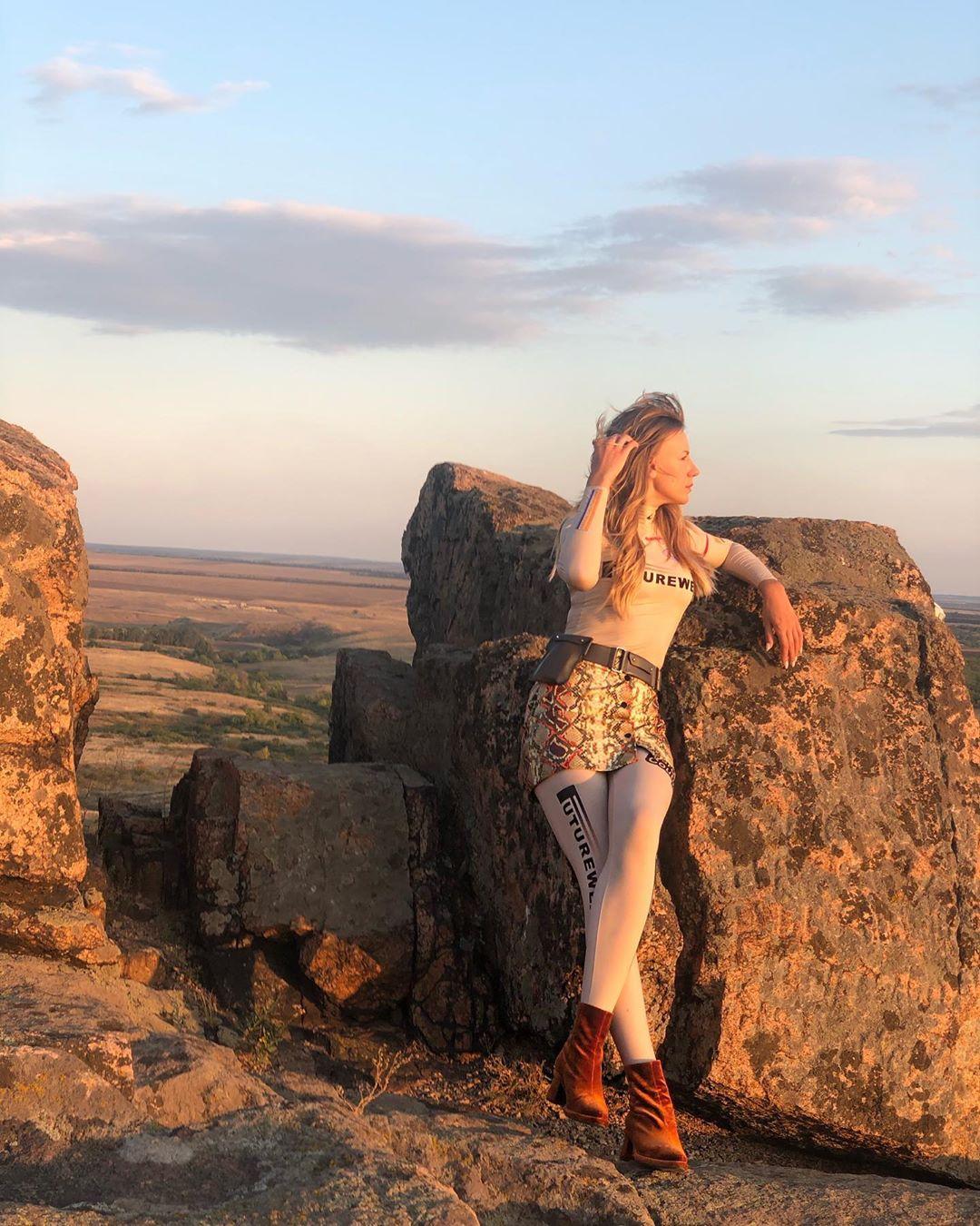 Леся Никитюк в заповеднике Каменные могилы
