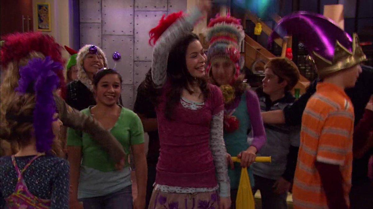 Wow emma stone on the next icarly