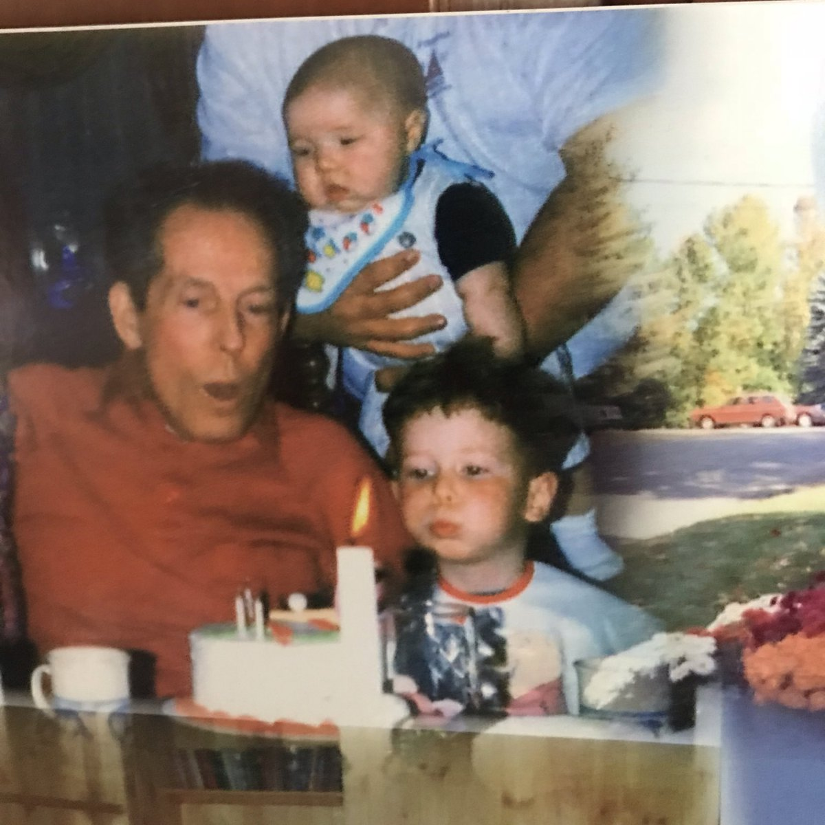 #EndALZ Love you Grampy twitter.com/alzassociation…
