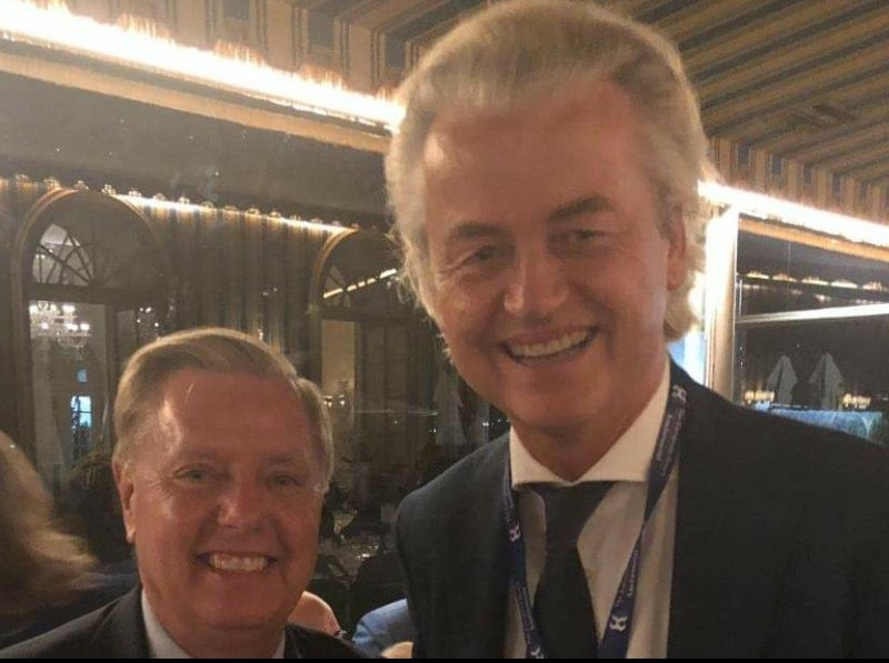Lindsey Graham was just photographed with prominent white supremacist Geert Wilders.  But the picture was taken down fast!  Dont share this. Lol