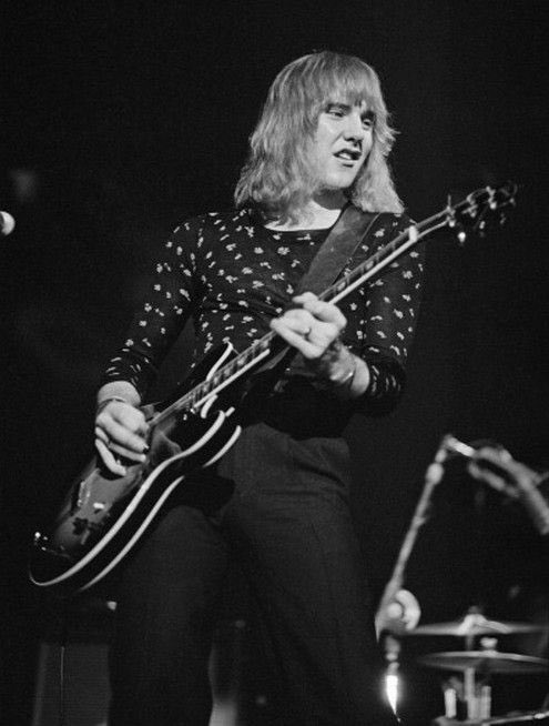 Happy 66th birthday to my favorite guitarist of all time Alex Lifeson!