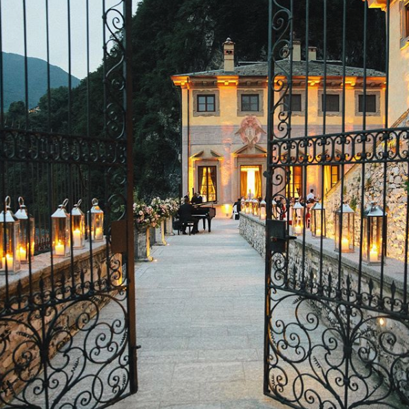 Push open the gate to the newest destination in our collection coming this September. ✨ Do you know where we are going?  Click here to stay tuned: https://t.co/zAC0ecAuXR  #lecollectionist #luxuryvillas #travelling_europe https://t.co/wWghp27x5p