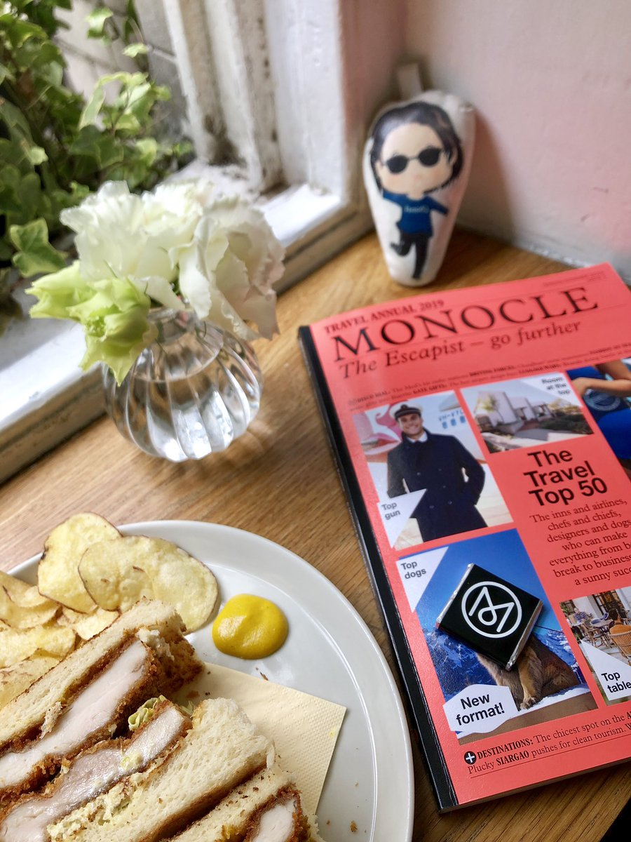 #Lunch with my #Bestie #MiniKristen at #MonocleCafe #KristenStewart #KristenStewartFan #KristenStewartDoll #MonocleMagazine #London #FoodPorn  #CrewLife #ThankyouForFlyingTHAI @minikristens https://t.co/BrwpxqrE6Z