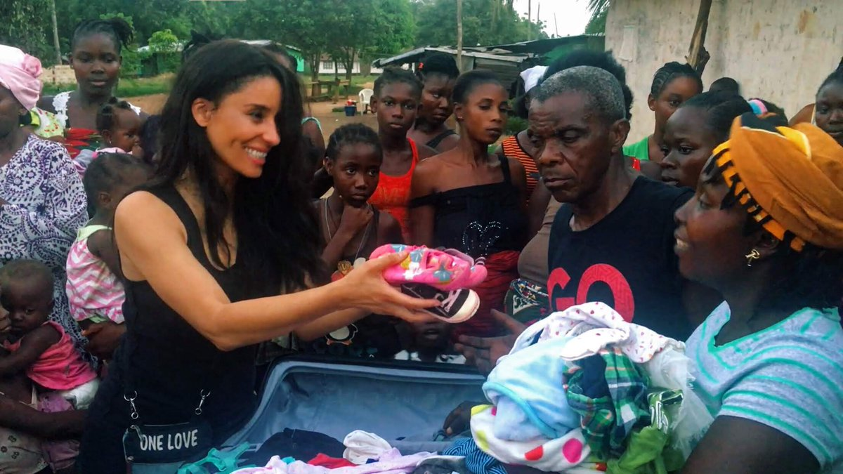 Another beautiful day for the kids of #Liberia. @KMF_Charity would like to everyone who supported our initiative to surprise the kids in the village with clothes, shoes, sandals and bundles of new clothing! @AnaMariaIsidro1, @JohnRaygoza you were also part of this! Thank you 🙏❤️