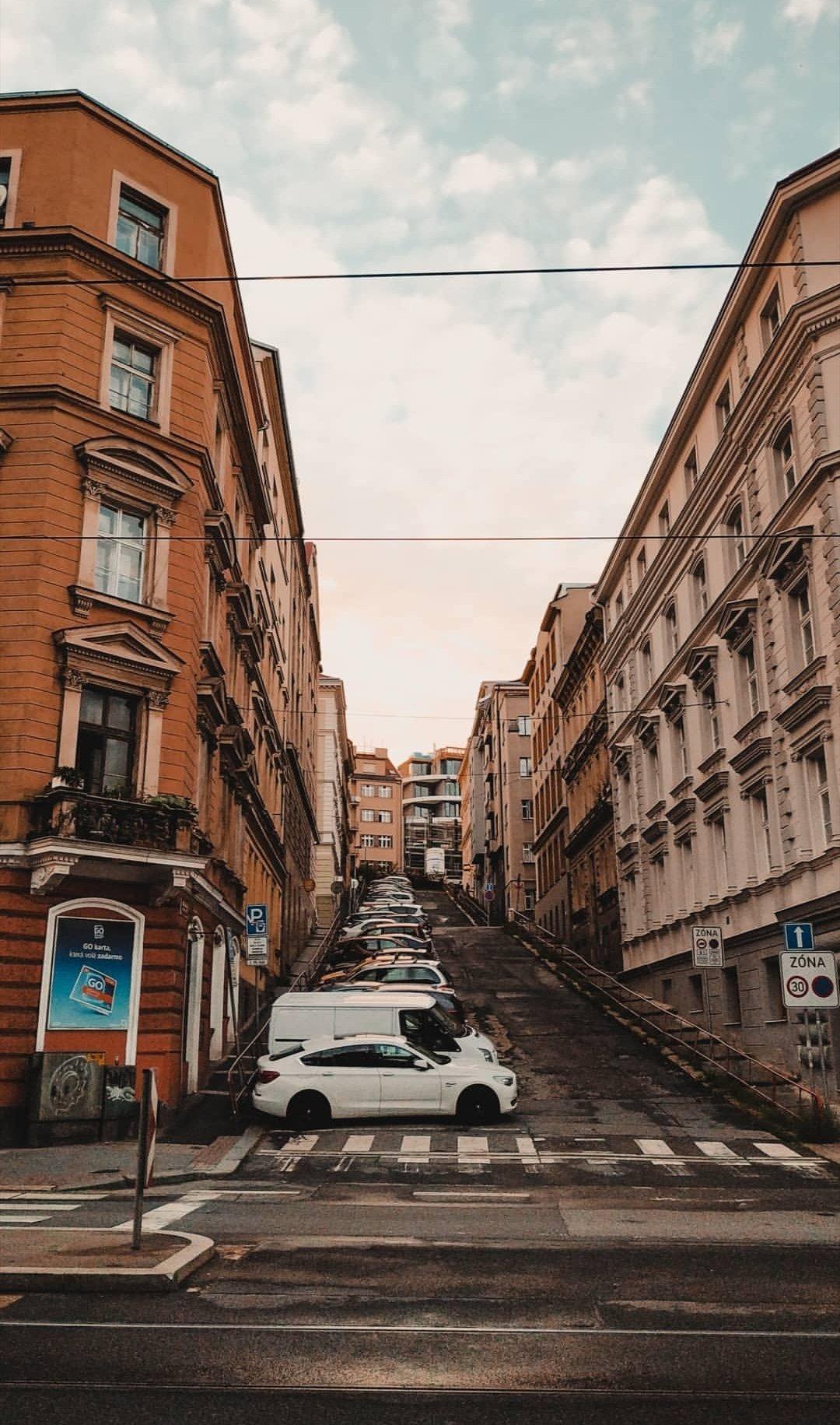 30 czech streets Free Czech