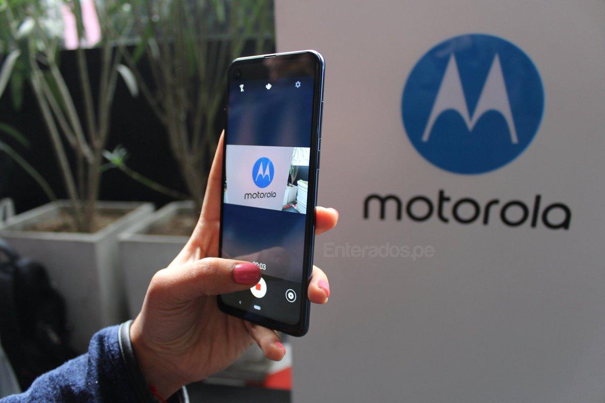 motorola-one-action