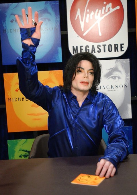 HAPPY EARLY BIRTHDAY TO THE GOAT HIMSELF MICHAEL JACKSON!!!
