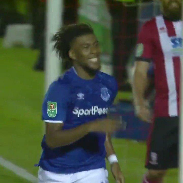 🙌 | @alexiwobis first Everton goal! 🔵⚪️