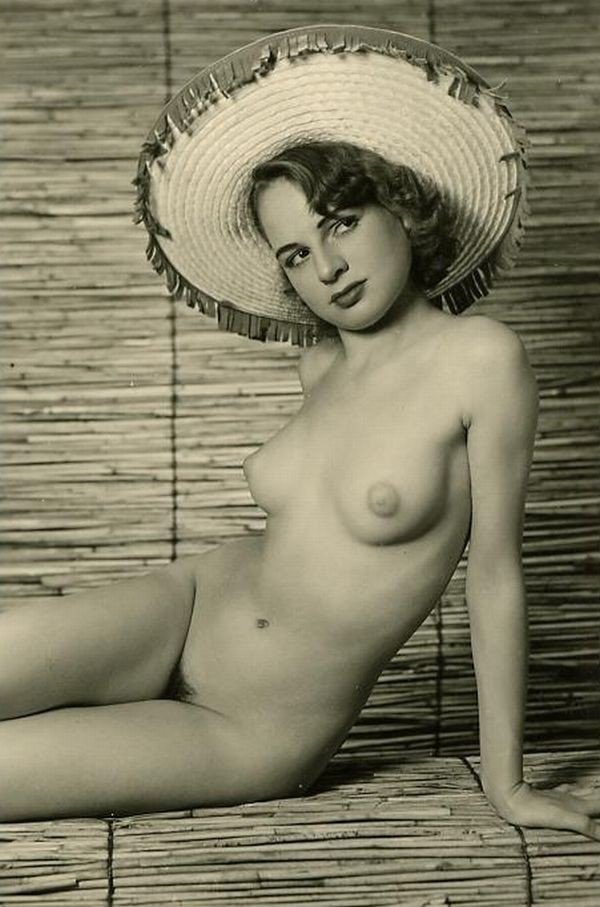 Nude pics of classic hollywood starlets