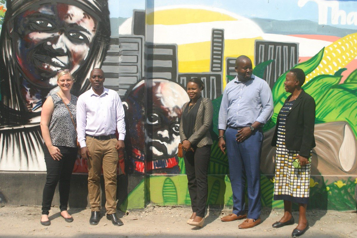 Proudly unveiling the #UNARivers mural with Ilala Municipality.  The mural showcases the value of #urbannature on the corner of Kitumbini Street, #DaresSalaam.    More info here:  https://t.co/J4eT0NvuoT #CitiesWithNature @MyDaressalaam @swedbio @sthlmresilience @urbangreenUP